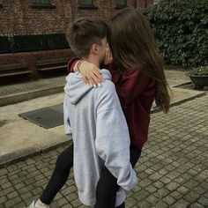 Couple goals ♥ Couple goals ♥ Source by emmalyneborgnie. Cute Couples Teenagers, Teenage Couples, Tumblr Couples, Cute Couples Goals, Couple Goals Teenagers Boyfriends, Couple Goals Teenagers Pictures, Teenage Love Pictures, Couple Goals Relationships, Relationship Goals Pictures