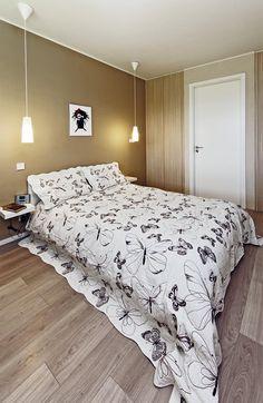Nábytek v ložnici je z IKEA – kromě vestavěných skříní na míru.