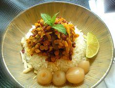 Turmeric and Saffron: Khoresh-e Khalal Badam & Zereshk - Slivered Almonds & Barberry Stew