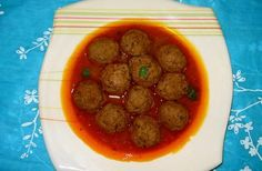 Foodista | Recipes, Cooking Tips, and Food News | Pakistani Kofta Curry/meat Ball Curry