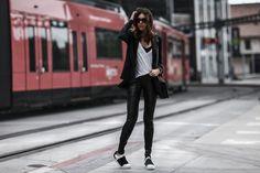 tuxedo styled sneake