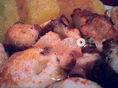 Tapa de pulpo de la Ría de Vigo con cachelos | Restaurante tapería A Carabela en Vigo