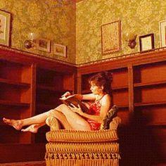 Une bibliothèque ne reste jamais très longtemps vide 😋 #livres #lecture #lire #plaisir #bonheur #littérature #bibliothèque #books #book #read #instalivre #instalike #instabook