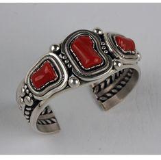 Wil Vandever - Sterling Silver Cuff Bracelet - Native American Jewelry - Leota's Indian Art is home to renowned Native American jewelry artists. Turquoise Jewelry, Silver Jewelry, Silver Ring, Silver Earrings, Jewelry Rings, Silver Bangles, 925 Silver, Western Jewelry, Navajo Jewelry