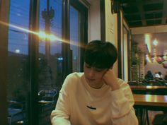 He is Eunwoo from astro. We are Aloha ( my English skills are bad 😂) Lee Jong Suk, Ahn Jae Hyun, Boyfriend Pictures, My Boyfriend, Romantic Boyfriend, Kpop, Daehyun, Kdrama, Astro Wallpaper