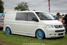 Vw Bus T3, Vw T5, Volkswagen, Vw Transporter Van, T5 Camper, Vw Vans, Busse, Car Stuff, Campervan