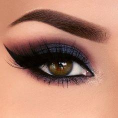 Blue Eye Makeup, Eye Makeup Tips, Smokey Eye Makeup, Makeup For Brown Eyes, Eyeshadow Makeup, Makeup Inspo, Makeup Inspiration, Hair Makeup, Makeup Ideas