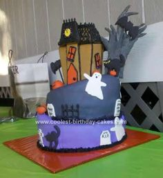 Homemade Topsy Turvey Halloween Birthday... This website is the Pinterest of halloween cakes