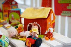 La Ferme Lilliputiens et ses animaux - The farm and its animals from Lilliputiens! #kids #toy #play #farm #Lilliputiens