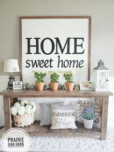 31 Cozy And Inviting Farmhouse Entryway . - 28 Cozy And Inviting Farmhouse Entryway Decorating Ideas - Entryway Wall Decor, Entryway Tables, Foyer Table Decor, Accent Table Decor, Entry Way Decor Ideas, Entrance Decor, Home Living Room, Living Room Decor, Dining Room