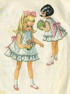 Vintage McCalls 8551 Toddler Girls Eyelet Ruffled by RomasMaison