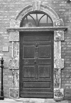Visit the James Joyce Center to peruse the exhibits, watch a short film, see the original door to 7 Eccles Street—home to the fictional hero Leopold Bloom, and to buy tickets to various James Joyce–centric walking tours of Dublin.