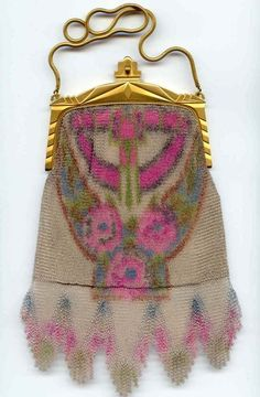 Whiting & Davis Dresden Mesh Purse. Click on image for more photos.