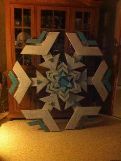 Scrap pallet wood snowflake!