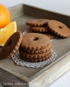 Biscotti integrali al cioccolato e arancia Biscotti Biscuits, Biscotti Cookies, Biscotti Recipe, Galletas Cookies, Cookie Desserts, Cookie Recipes, Dessert Recipes, Italian Cookies, Pastry Art