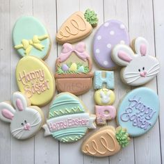 Easter cookies! I'm really hoping to have a small pop up this Friday for local pick up.