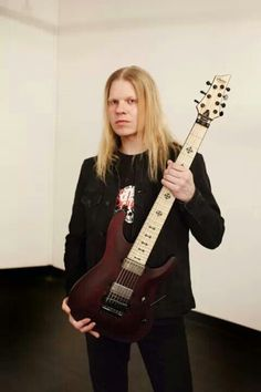 Jeff Loomis is one of my favorite all time guitarist!!