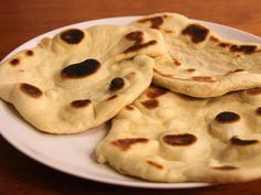Recipe for naan with Thermomix or cheese. - Recipe for naan with Thermomix or cheese. Food Porn, Food L, Indian Food Recipes, Vegetarian Recipes, Healthy Recipes, Lidl, Bread Dough Recipe, Naan Recipe, Tapas