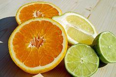 Vitamín C je nejen antioxidantem, ale podporuje také léčbu rakoviny a pomáhá lépe snášet stavy po operacích. Čtěte novinku na http://www.pribalovy-letak.cz/souvisejici-clanky/103-vitamin-c-%E2%80%93-pomocnik-i-v-boji-proti-rakovine