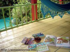 Travel sketchbook in Guadalupe.  Carnet de voyage en Guadeloupe.  Antonia Neyrins.