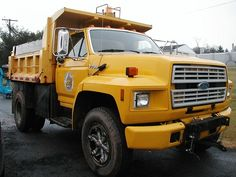 1988 Ford F-700 Dump Truck LISTING # 14789 Ends: 2/12/2013 2:30:00 PM Eastern