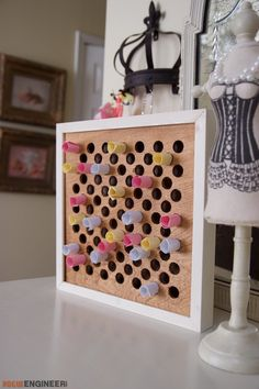 I need some plans. I can make these to sell. I can make this Been needing diy tiny homes families ! - Get A Lifetime Of Project Ideas & Inspiration! Cool Wood Projects, Easy Diy Projects, Project Ideas, Small Woodworking Projects, Diy Woodworking, Popular Woodworking, Youtube Woodworking, Woodworking Classes, Woodworking Furniture