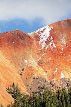 Red Mountains near Ouray, Colorado, USA Ouray Colorado, Colorado Mountains, Rocky Mountains, Places To Travel, Places To See, Wonderful Places, Beautiful Places, Colorado Homes, Go Camping