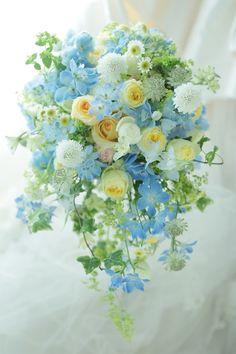 シャワーブーケ 海と光 山手ロイストン教会様へ : 一会 ウエディングの花