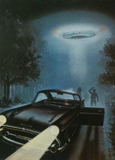 A Sighting...   Cover of UFOs & Aliens (Amazing Stories) by Anne Rooney)