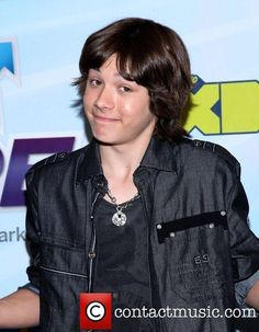 a_picture_of_leo_Howard - Google Search
