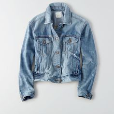AE Tinted Denim Jacket ($60) ❤ liked on Polyvore featuring outerwear, jackets, blue, jean jacket, blue jackets, collar jacket, american eagle outfitters jacket and blue jean jacket