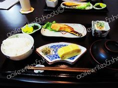 Rice, salmon, egg roll, pickles and miso soup. Japan Trip, Japan Travel, Japanese Style Breakfast, Miso Soup, Egg Rolls, Pickles, Salmon, Rice, Ethnic Recipes
