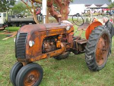 truckingworldwide: Co-op tri cycle tractor Antique Tractors, Vintage Tractors, Old Tractors, Vintage Farm, Vintage Items, James Ford, New Tractor, Tractor Implements, Farming Life