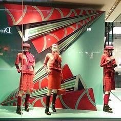 WEBSTA @ ayahirokawa - #japan,#tokyo, #omotesando,#vmd,#visual merchandising,#windowdisplay,#brandenviroment,#productdisplay,#fashion