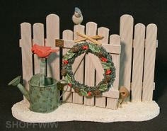 Marjolein Bastin Hallmark Exclusive Garden Gate Picket Fence Wreath Rabbit Birds