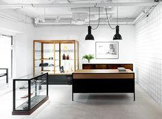 Hope flagship store by Johan Lytz & Christian Halleröd, Stockholm store design Design Blog, Store Design, Diy Design, Commercial Design, Commercial Interiors, Retail Interior, Interior And Exterior, Modern Interior, Bauhaus