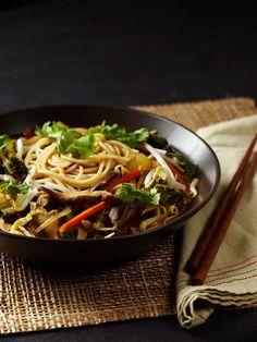 Thai Noodle Soup                                                                                                                                                                                 More Vegan Foods, Soup Recipes, Noodle Recipes, Whole Food Recipes, Vegetarian Recipes, Vegan Vegetarian, Free Recipes, Thai Noodle Soups, Thai Soup
