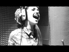 Whats Up- 4 Non Blondes Cover - Lauren Tate - this is perfection and her hair is wonderful
