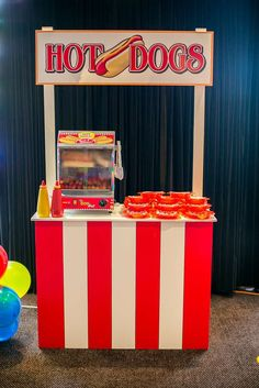 Circus/Carnival Birthday Party Ideas | Photo 21 of 36