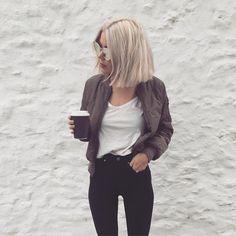 Sieh dir dieses Instagram-Foto von @laurajadestone an • Gefällt 1,178 Mal