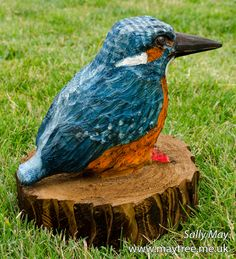 Kingfisher wooden chainsaw sculpture by Sally May