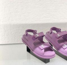 Violet Aesthetic, Lavender Aesthetic, Aesthetic Shoes, Aesthetic Colors, Pastel Purple, Purple Rain, Shades Of Purple, Cute Shoes, Me Too Shoes