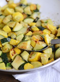 skillet zucchini and yellow squash is delicious, healthy, and bound to become a summer side dish staple.This skillet zucchini and yellow squash is delicious, healthy, and bound to become a summer side dish staple. Yellow Zucchini Recipes, Summer Squash And Zucchini Recipe, Best Zucchini Recipes, Summer Squash Recipes, Veggie Recipes, Healthy Recipes, Sauteed Zucchini Recipes, Baked Squash And Zucchini Recipes, Gastronomia