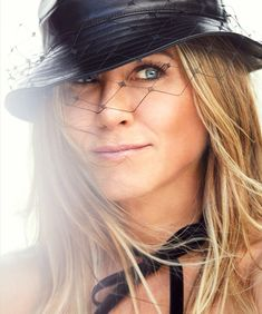 Jennifer Aniston Harper's Bazaar US Дженнифер Энистон Harper's Bazaar US Jennifer Aniston photo Дженнифер Энистон фото 2019 Jennifer Aniston Interview, Jennifer Aniston Hot, Nancy Dow, Celebrity Faces, Celebrity Pictures, Prop Styling, Ralph Lauren Collection, George Clooney, Cate Blanchett
