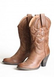 I'm in love with these boots! <3 I've heard 1 pr of shoes can change your life...from Cinderella!!!!