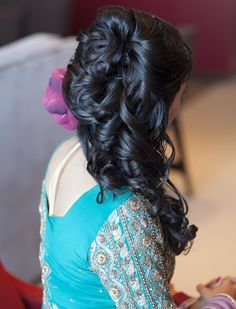 9 Best Indian Bridal Hairstyles : Coiled Curled Bridal Half up Half down Hairstyle: