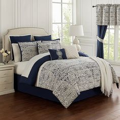 Navy Comforter, Bedroom Comforter Sets, Full Comforter Sets, Luxury Bedding Sets, Duvet Sets, Navy Master Bedroom, Master Bedrooms, Blue Bedroom, Bedding Sets Online