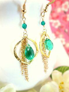 Emerald green quartz vermeil gold leaf chain chandelier earrings, wizard of oz emerald green dangle earrings, st patricks day earrings