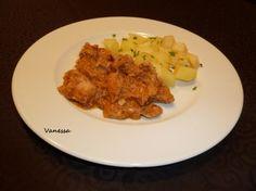 Pollo con salsa y patatas para #Mycook http://www.mycook.es/receta/pollo-con-salsa-y-patatas/