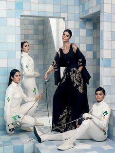Vogue Brasil Carol veste Osklen ao lado de Rayssa Costa, Amanda Simeão e Bia Bulcão (Foto: Henrique Gendre)